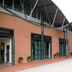 You can enjoy shopping at a lower price in the outlet shopping mall ...
